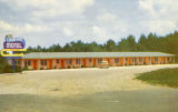 Postcard of Luxa-Lyn Motel, Columbus, Mississippi