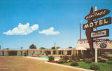 Postcard of The Heritage Motel, Columbus, Mississippi