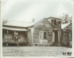 Unidentified wooden building: Canton, Miss.