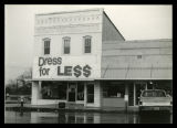 1991 Dress for Less Store on the Square